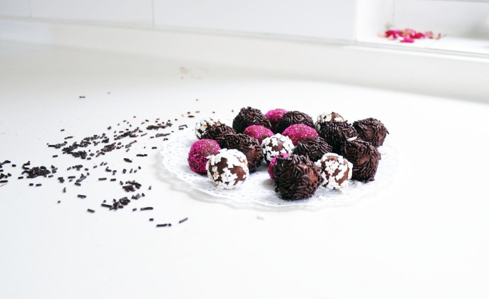 Secret Ingredient Chocolate Truffles (Semi-cheat)