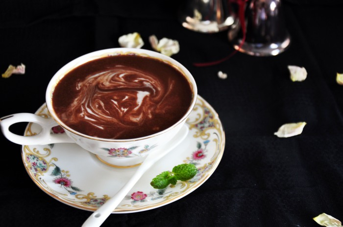 Mint Hot Chocolate (Clean)
