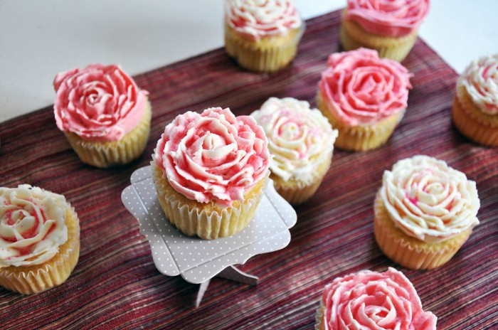 Vanilla Rose Cupcakes + Vanilla Frosting (Cheat)