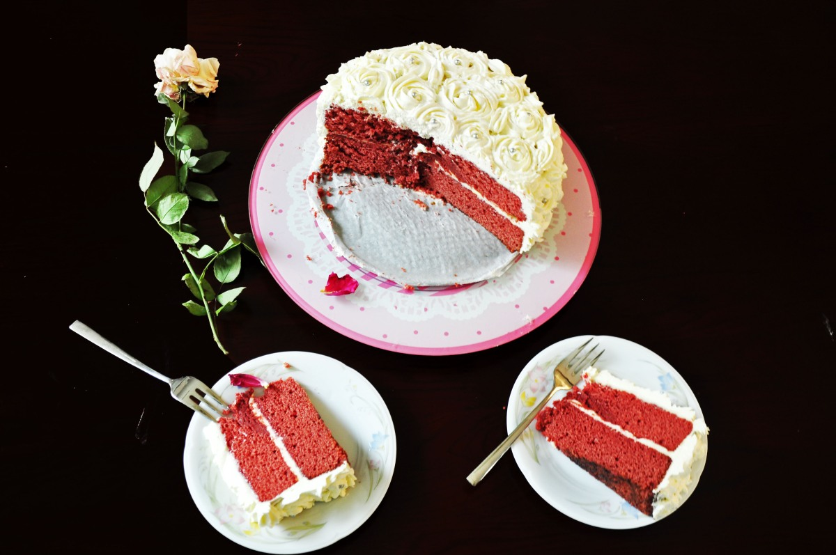 Red Velvet Rose Cake with Cream Cheese Frosting (Cheat)
