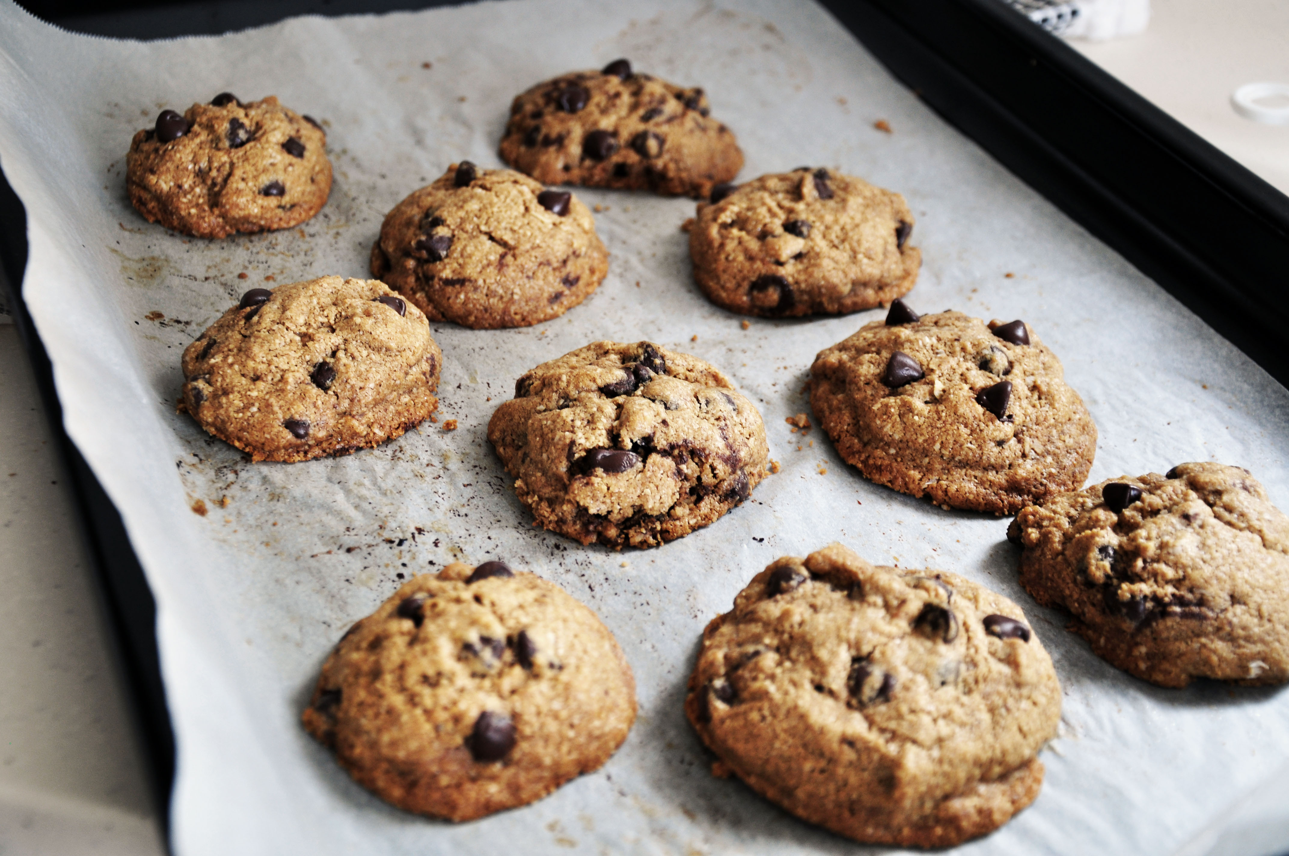 Best Ever Healthy Chocolate Chip Cookies (Clean) | Clean, Cheat ...