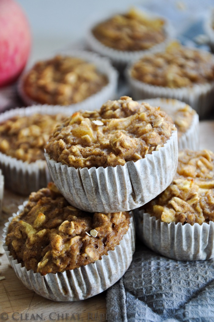 Sugar-Free One-Bowl Apple Oatmeal Muffins (Clean)