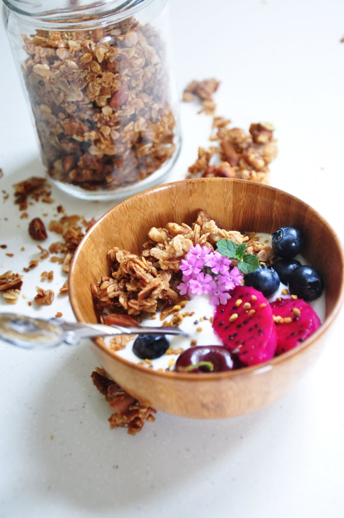 Chunky Coconut Granola (Clean)